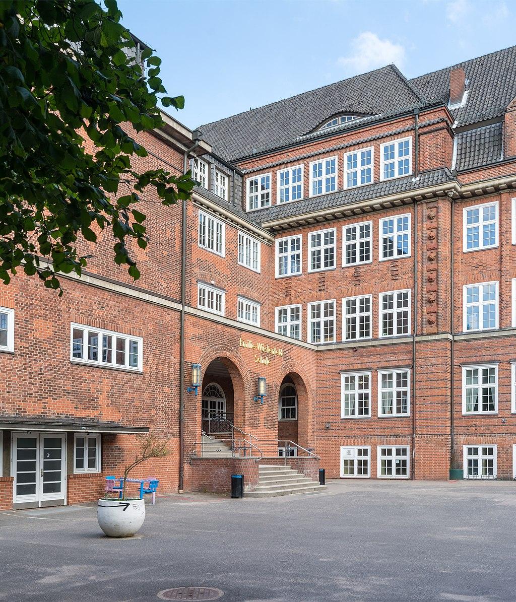 Emilie-Wüstenfeld-Gymnasium